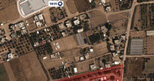 מטוסי קרב תקפו לפני זמן קצר מחנה צבאי ובו מספר מבנים, תשתיות...