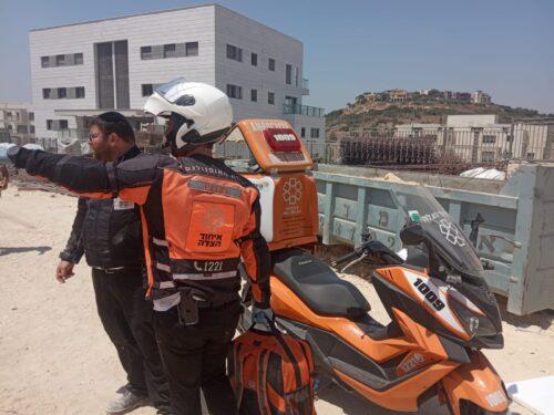 WhatsApp-Image-2021-07-15-at-14.20.14-500x375 פועל בן 55 נפצע בינוני בתאונת עבודה באתר בניה בחריש