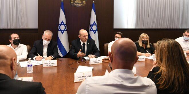 """רה""""מ בנט: אנחנו צריכים לחסן את הציבור הישראלי כמה שיותר"""