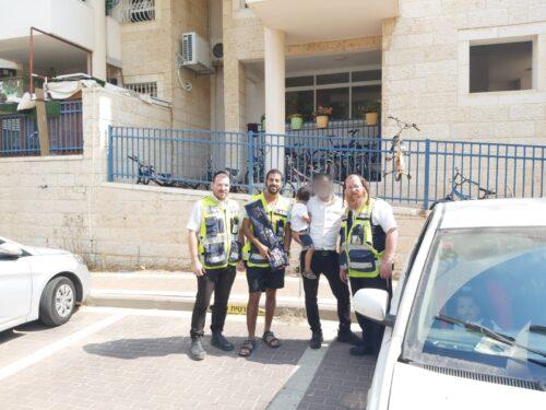 ילדים ננעלו ברכב באלעד