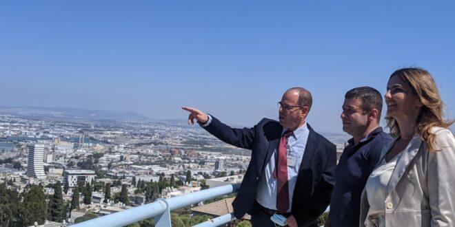"""ח""""כ אלכס קושניר וח""""כ עו""""ד לימור מגן תלם ביקרו במרכז הרפואי בני ציון בחיפה"""