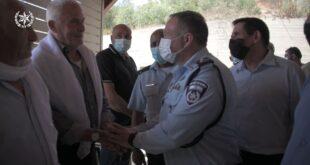 ״מעתה יש לכם משפחה חדשה, משפחת משטרת ישראל. נעשה הכל כדי לתמוך ולעזור״...