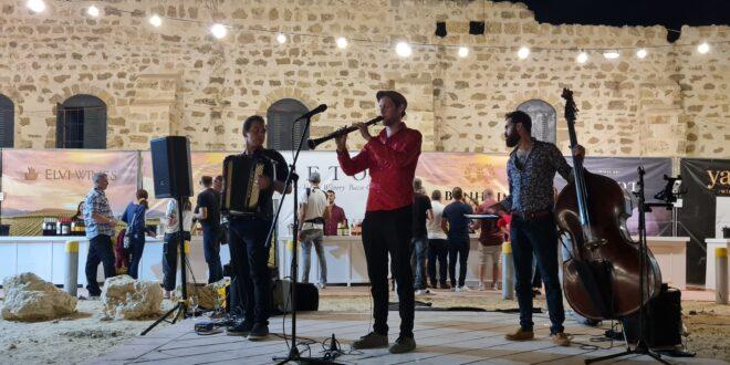 פסטיבל היין השני באופקים: מאות תושבים ואורחים הגיעו למצודת פטיש בעיר