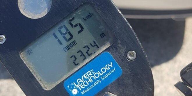 """פלסטיני בן 24 תושב דורא נתפס כשהוא נוהג במהירות של 185 קמ""""ש"""