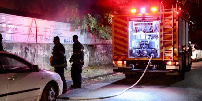שריפה פרצה בשטח פתוח צמוד למבנה נטוש בחיפה, לא דווח על נפגעים