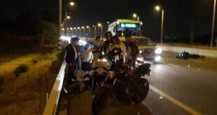 תאונה בין אופנוע ורכב בכביש 1