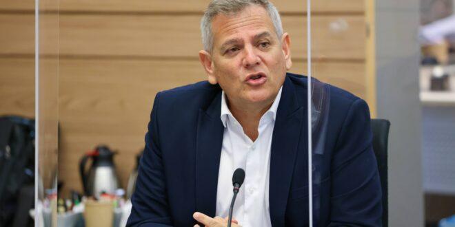 פתרון למשבר המתמחים: שר הבריאות הורוביץ מכריז על מפת הדרכים לקיצור התורנויות