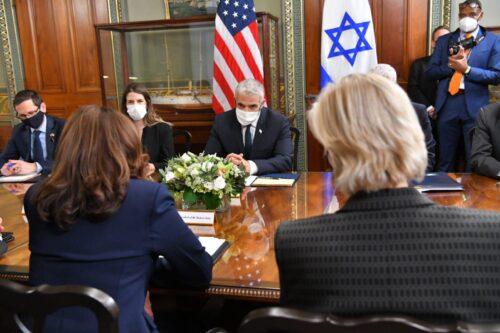 """פגישת שר החוץ עם סגנית נשיא ארה""""ב"""