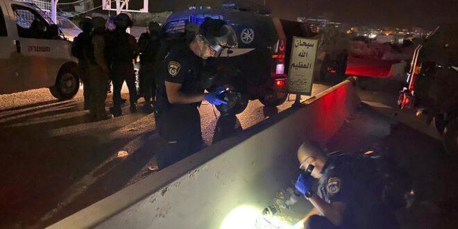 """לוחם מג""""ב נפצע קשה בפיגוע דריסה במחסום קלנדיה צפונית לירושלים"""