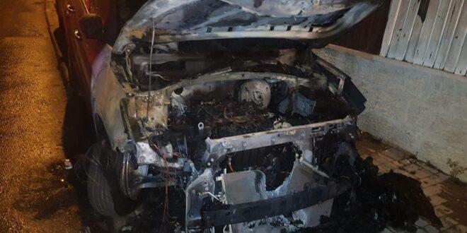 שני צעירים תושבי מרכז הארץ נעצרו בחשד להצתת רכב בירושלים