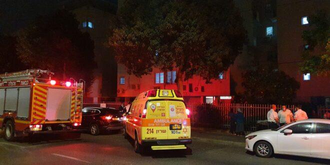 נתניה: נער בן 17 נפגע בשריפה שפרצה בבניין מגורים בעיר, מצבו קשה
