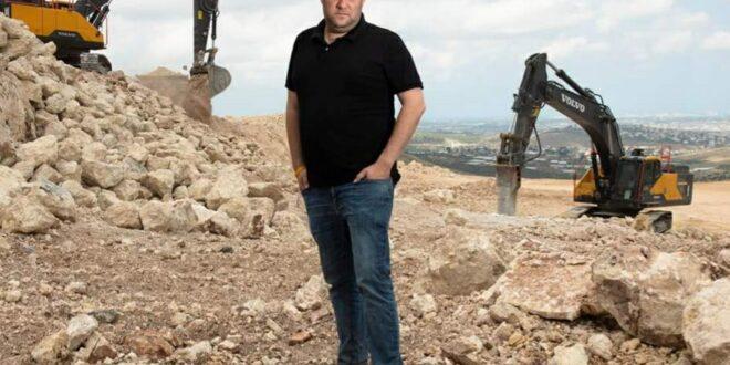"""ראש המועצה האזורית שומרון על אישורי הבנייה לפלסטינים: """"סלאם פאייד מתפוצץ מצחוק"""""""